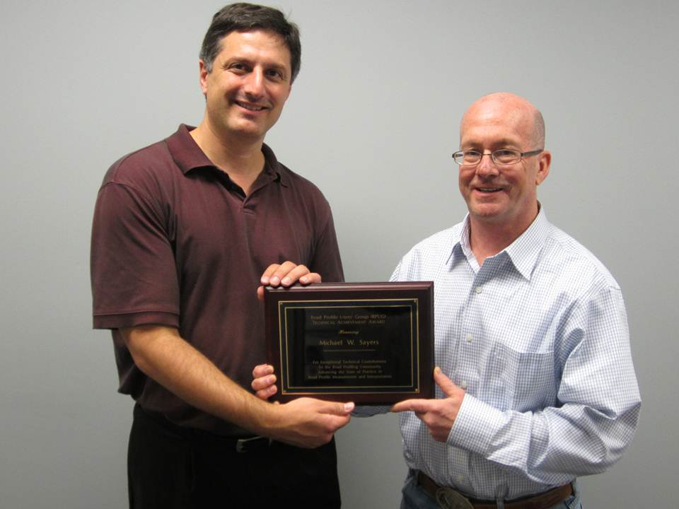 RPUG-award-Mike-Sayers